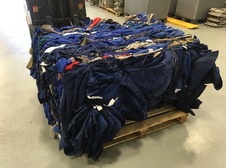 Recycling the seat covers of an aircraft
